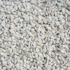 Gravier marbre blanc paillage minéral et aménagement de jardin à Esvres en Indre et Loire
