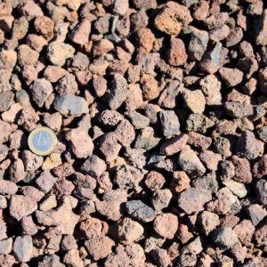 Brin de Jardins paillage minéral pouzzolane à Esvres en Indre et Loire